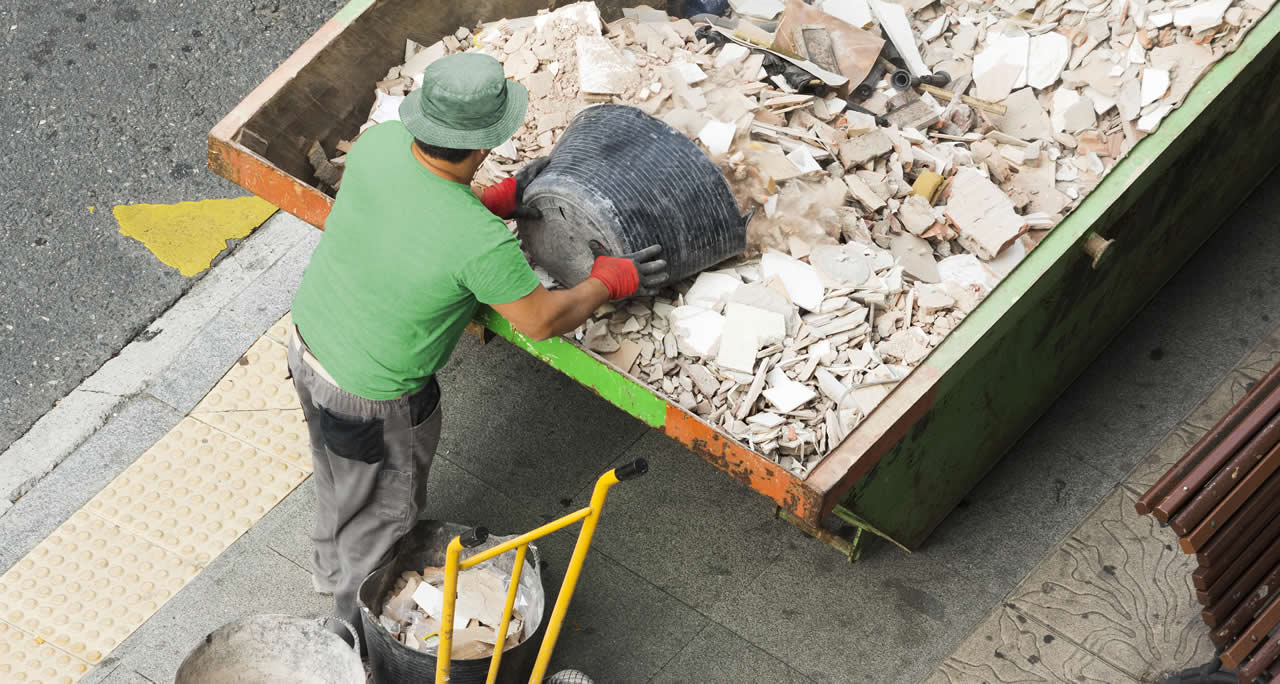 What are the benefits of hiring a skip?