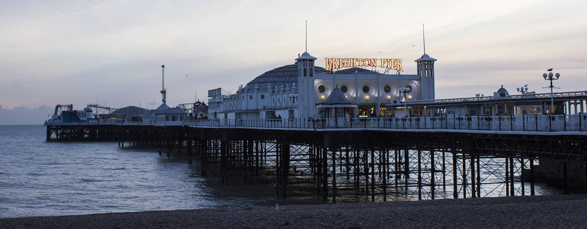 Brighton 39 s piers their history and some fascinating facts for Building a house on piers