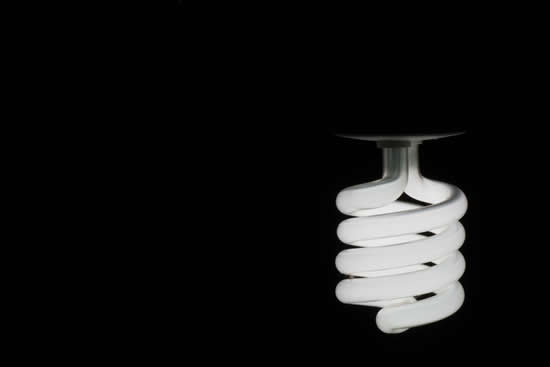 How to clean up broken energy saving light bulbs after a breakage
